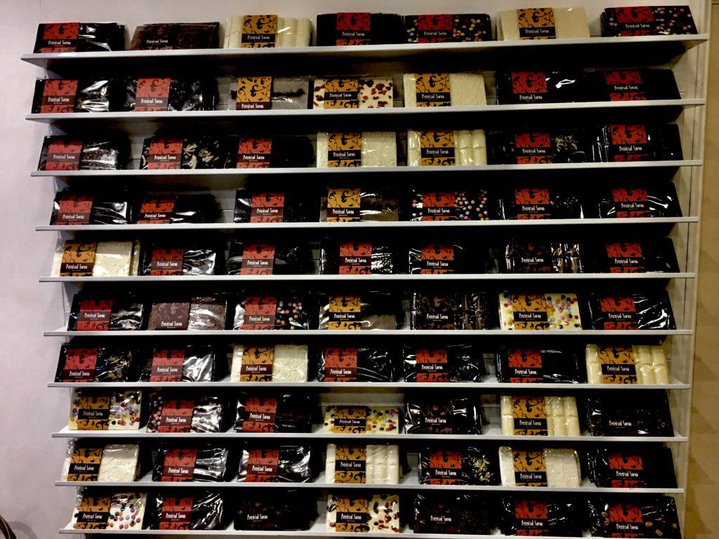 ペリトリアルチョコアチョコの壁。バルセロナのチュロスだけではなくチョコも!
