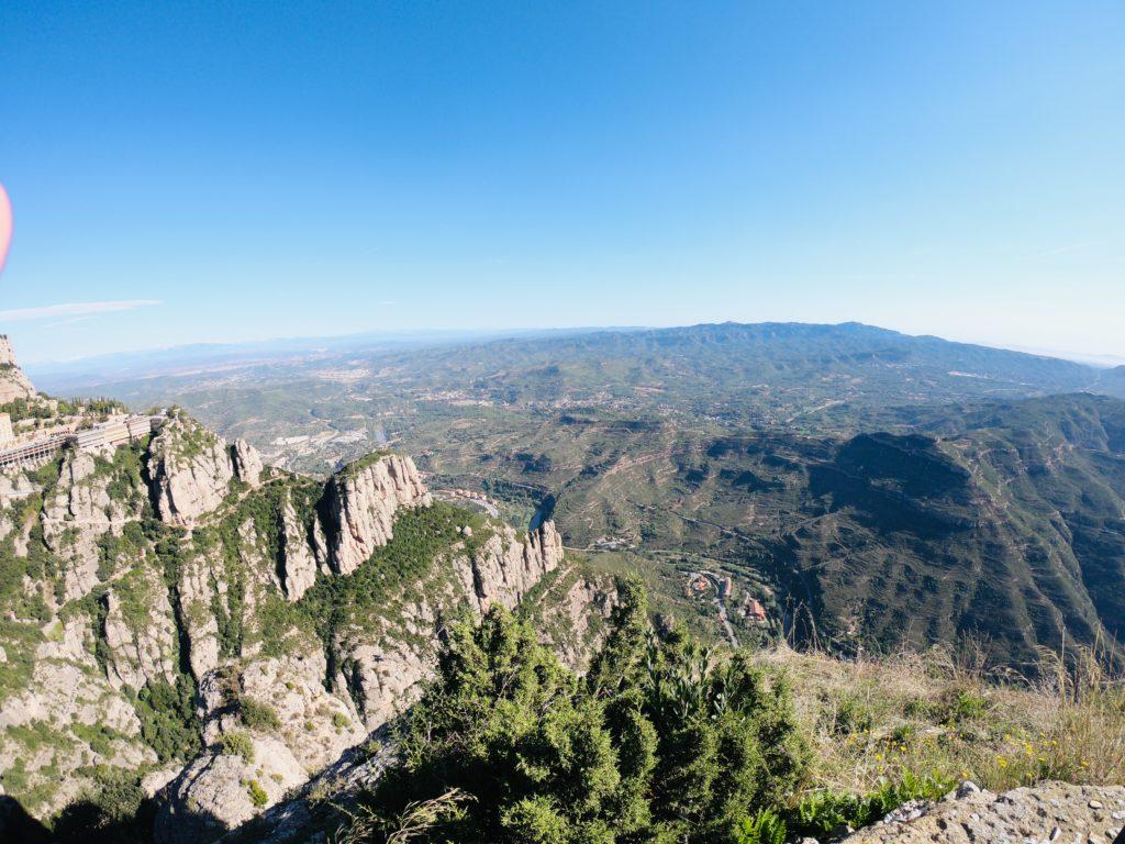 バルセロナのおすすめ観光スポットモンセラットののこぎり山