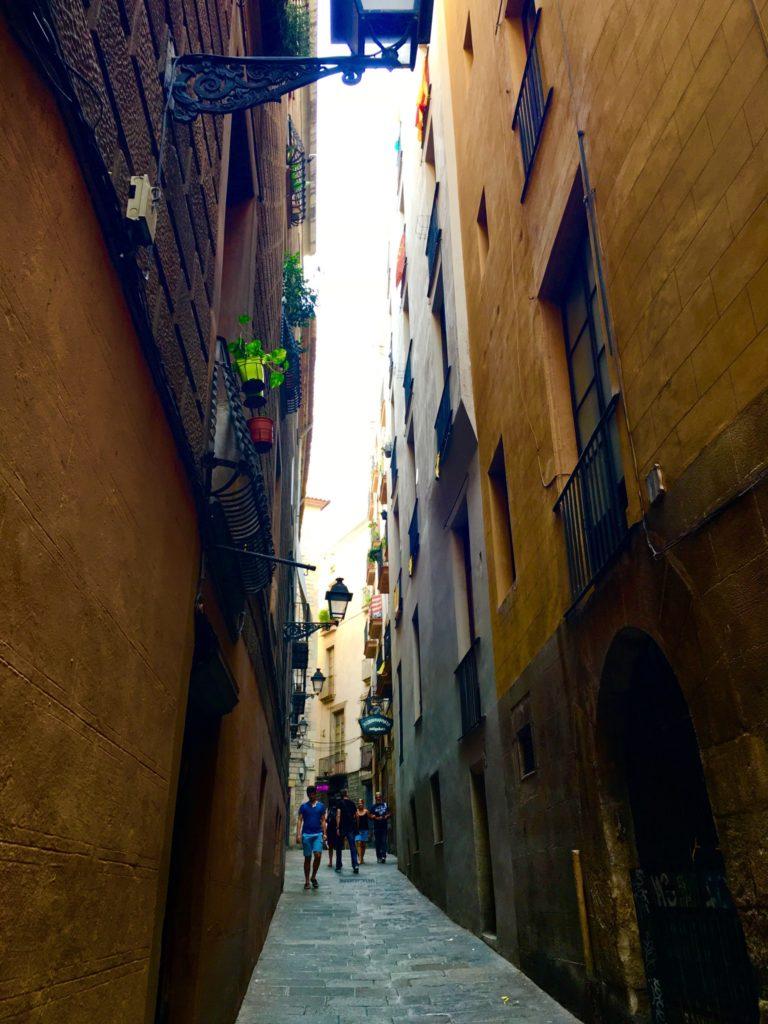 バルセロナのおすすめ観光スポット旧市街の道