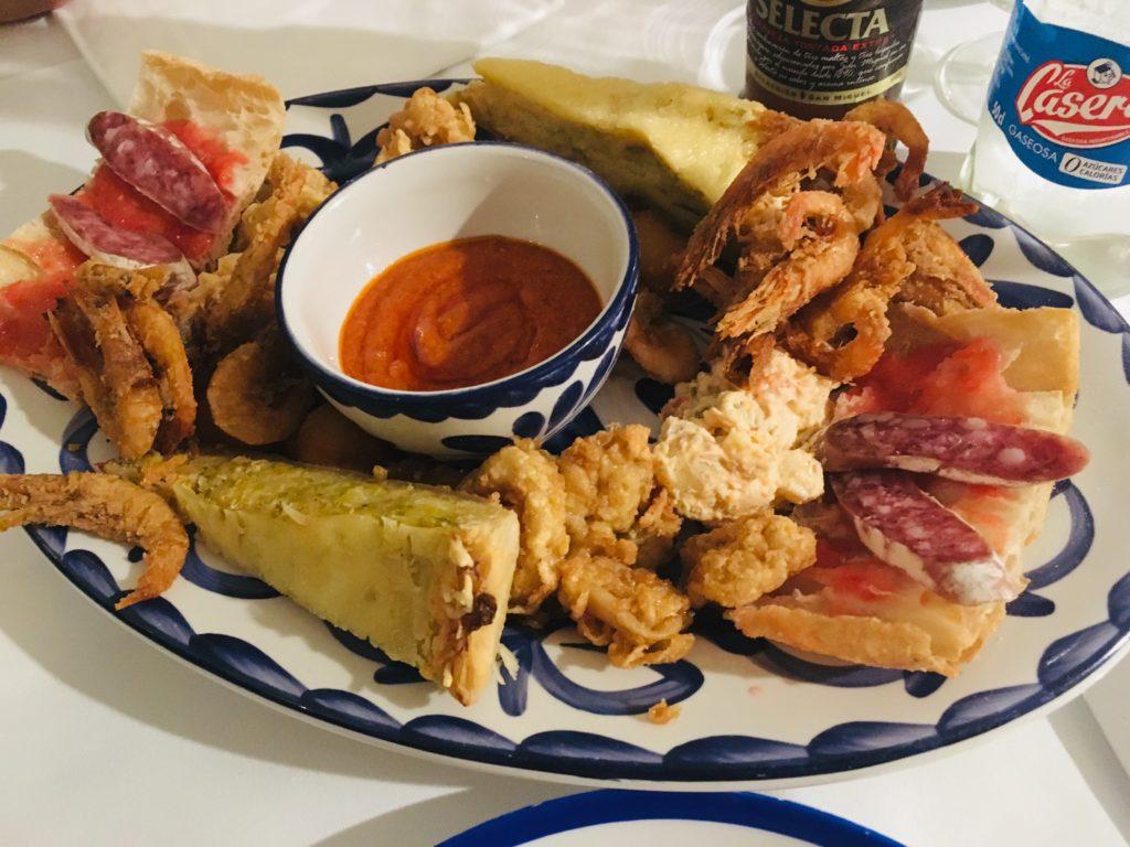 バルセロナのおすすめレストランLa Fondaのおつまみセット
