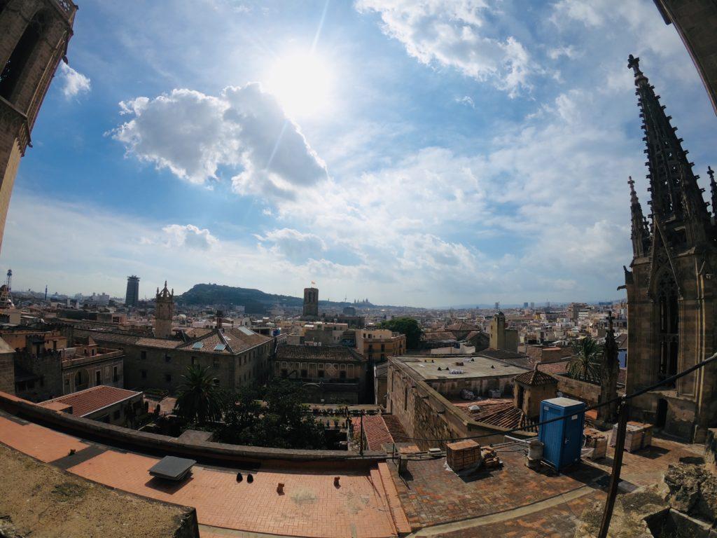 バルセロナ観光!旧市街を見渡す