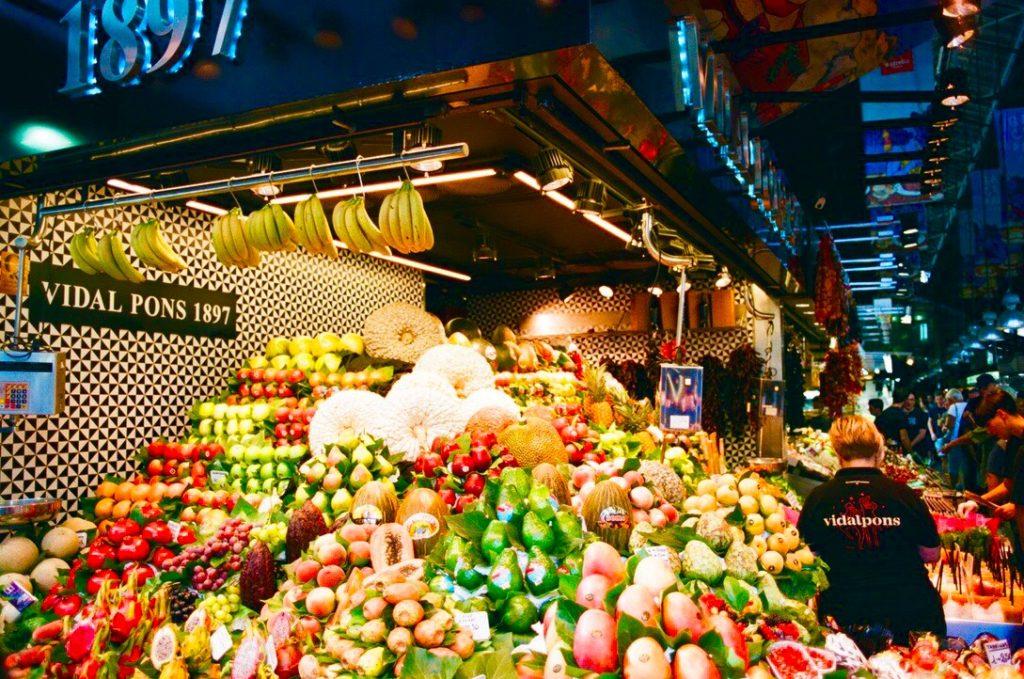 バルセロナの観光スポット5位はサンジュセップ市場