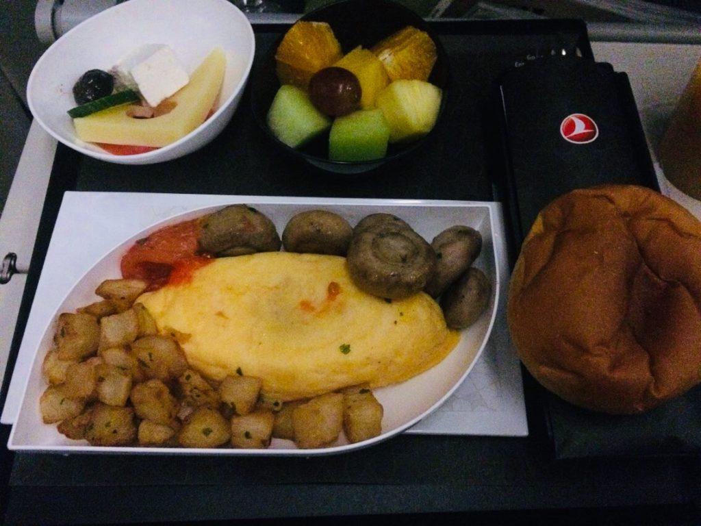 ターキッシュエアラインの朝食