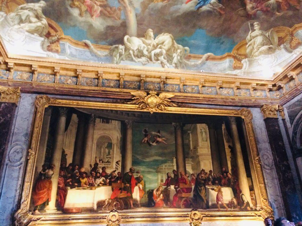 ヴェルサイユ宮殿観光で美術を楽しむ!