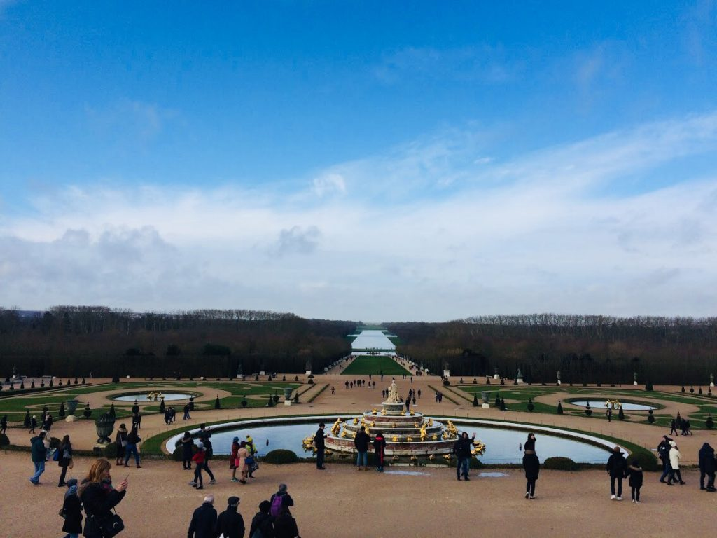 ヴェルサイユ宮殿の庭園を観光!