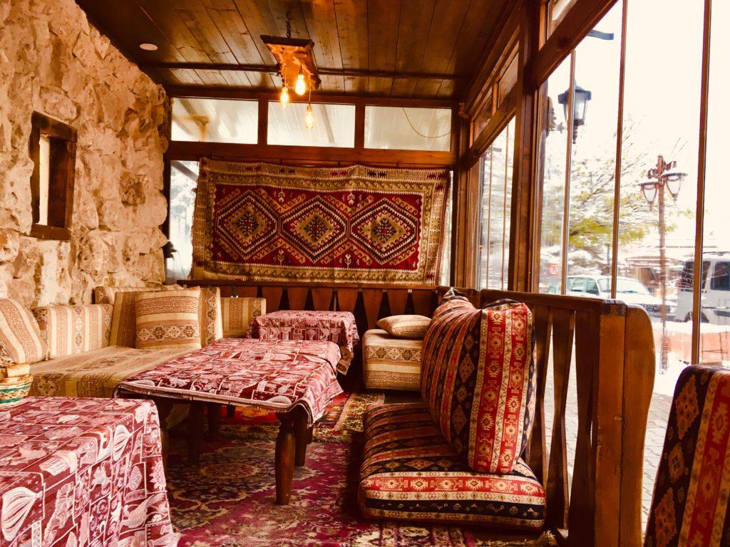 カッパドキア・ギョレメのおすすめレストランのインテリア