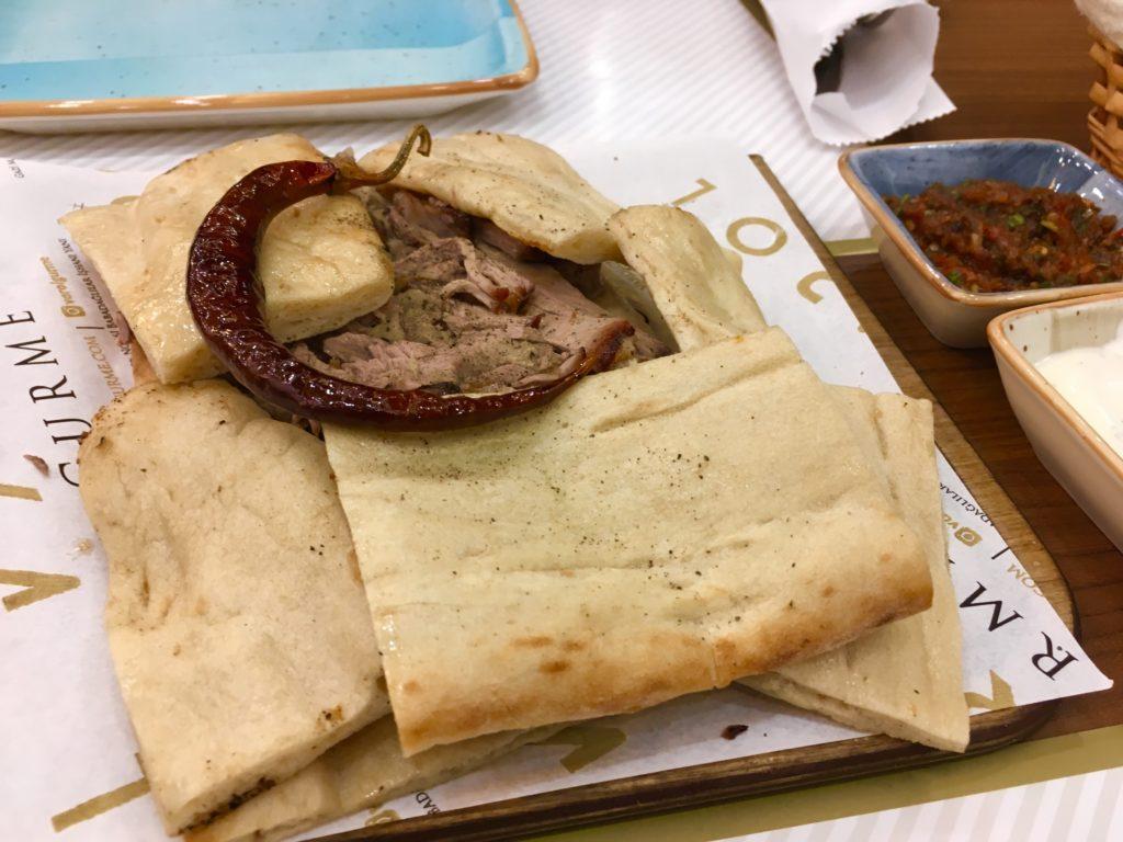 デニズリ観光で食べるケバブ