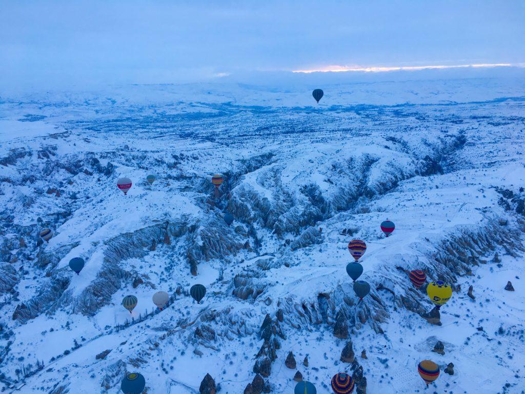 ギョレメ観光で見たい気球ツアー
