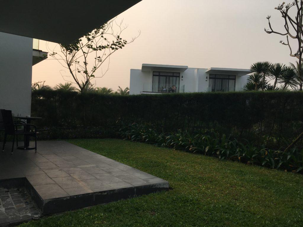 リゾートホテルメリアダナン客室の庭