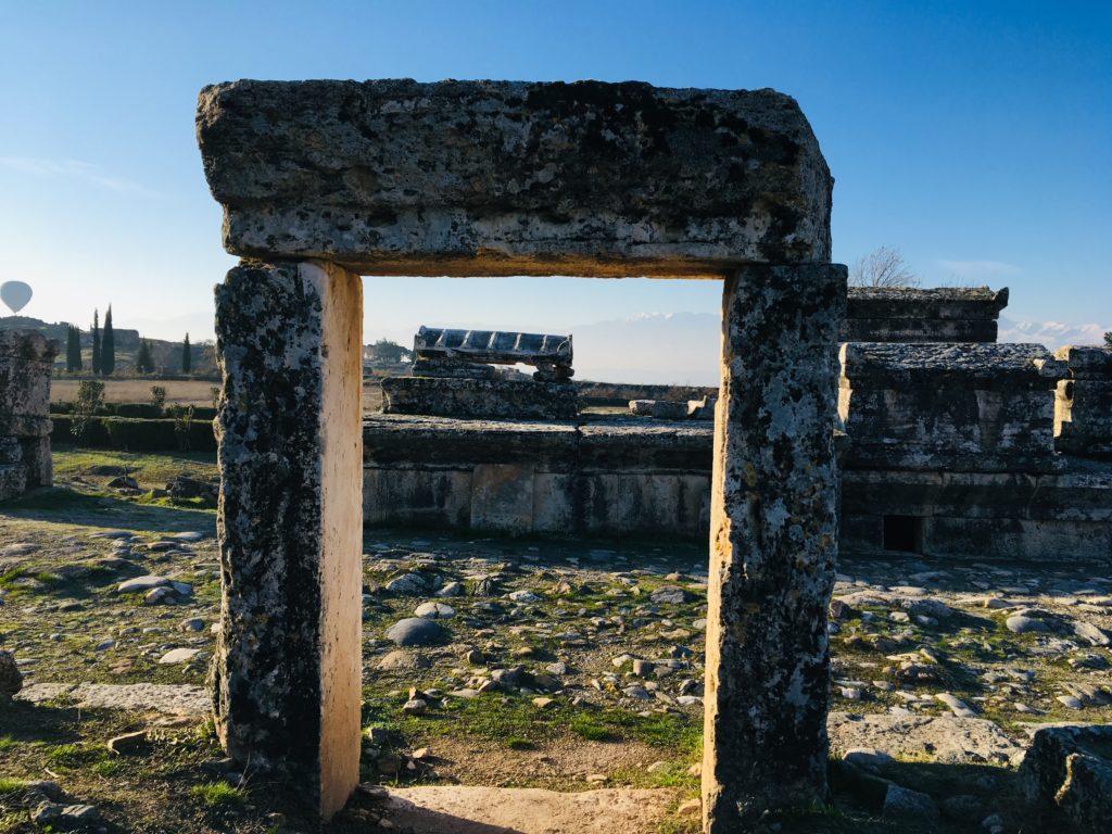 パムッカレ遺跡を観光