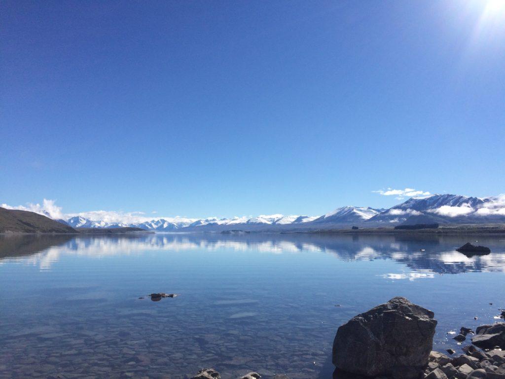 おすすめ観光スポットのテカポ湖