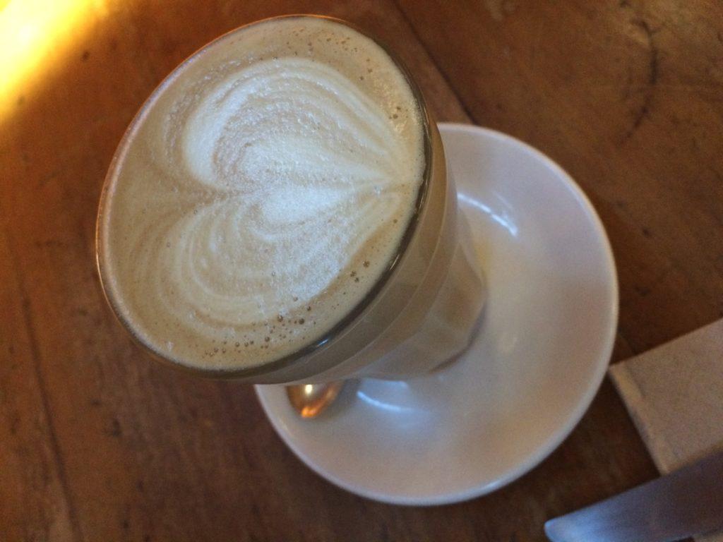 オークランドおすすめレストランのコーヒー