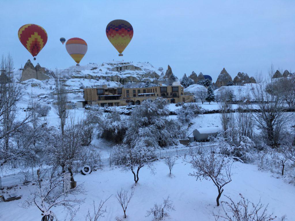 カッパドキアの気球ツアーで空のたび