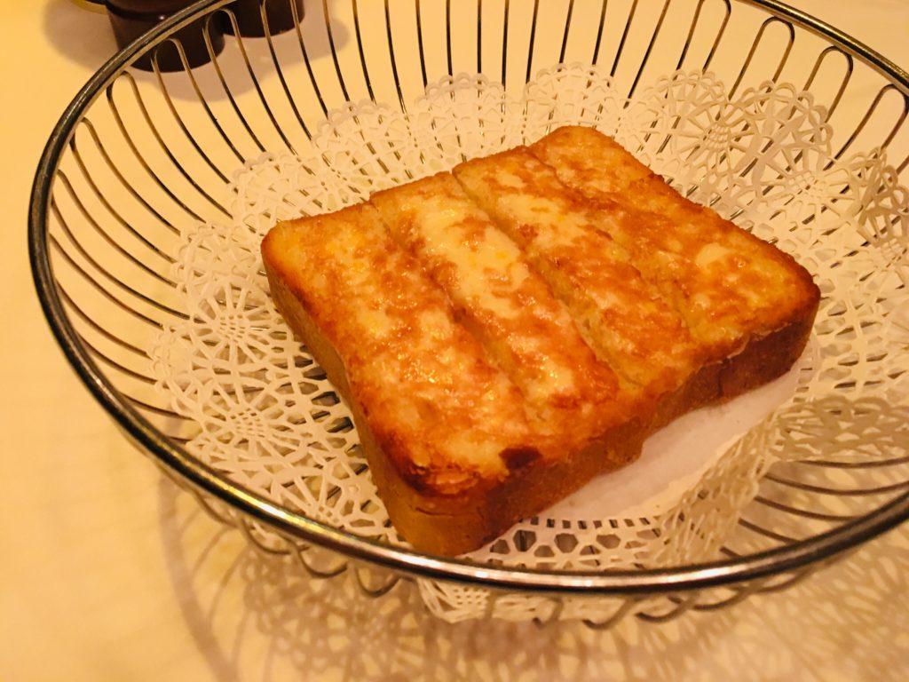 おすすめ!ハワイのステーキハウスのパン