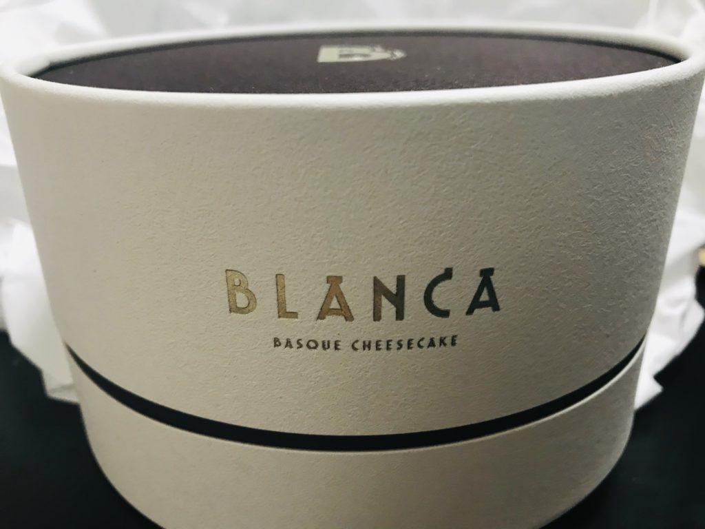 おすすめのお取り寄せチーズケーキBLANCAの化粧箱