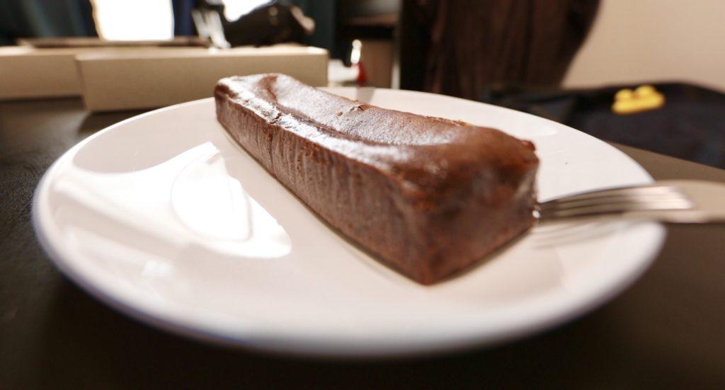 ミニマルの生ガトーショコラは爽やかな味わい
