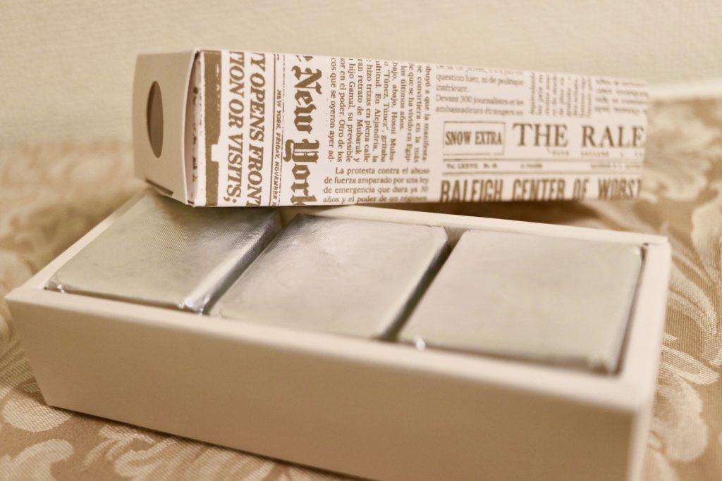 タブレスのレーズンバターサンド化粧箱