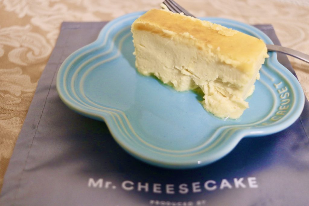 おすすめのお取り寄せチーズケーキミスターチーズケーキは儚い口溶け